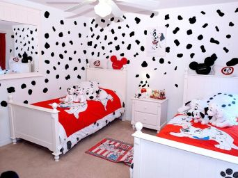 876f126930d278bdee1cd73edf5c1ffd--disney-kids-rooms-disney-bedrooms